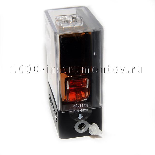 Ароматизатор AURAMI БРИЗ содержит образец аромата
